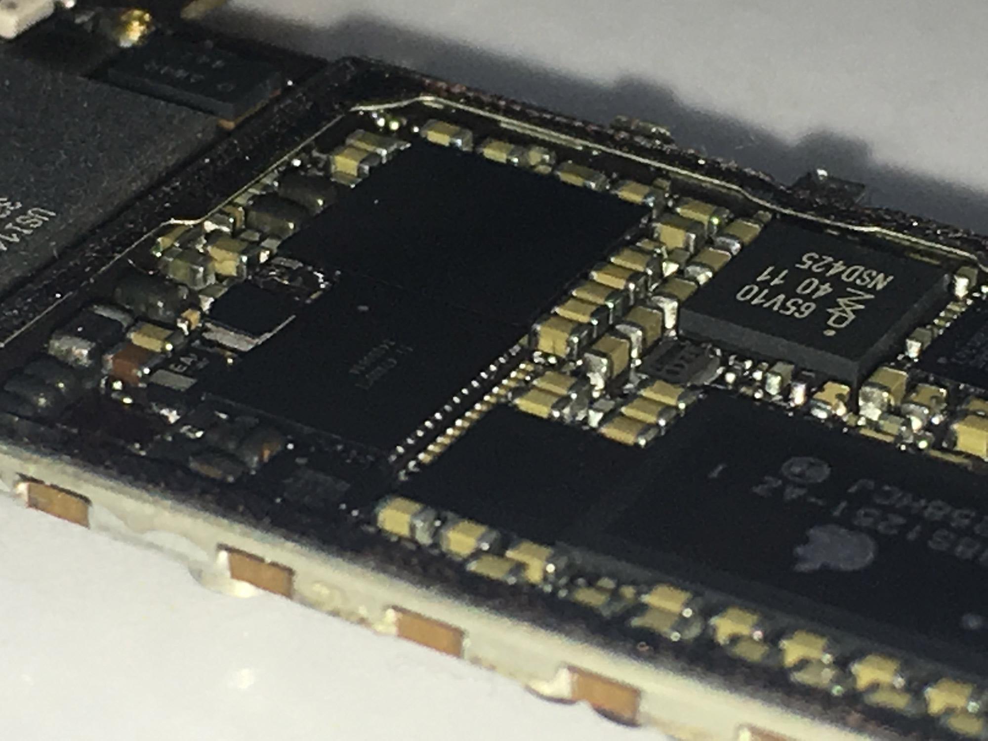 iPhone 5 Home -und Powertaste u3 IC